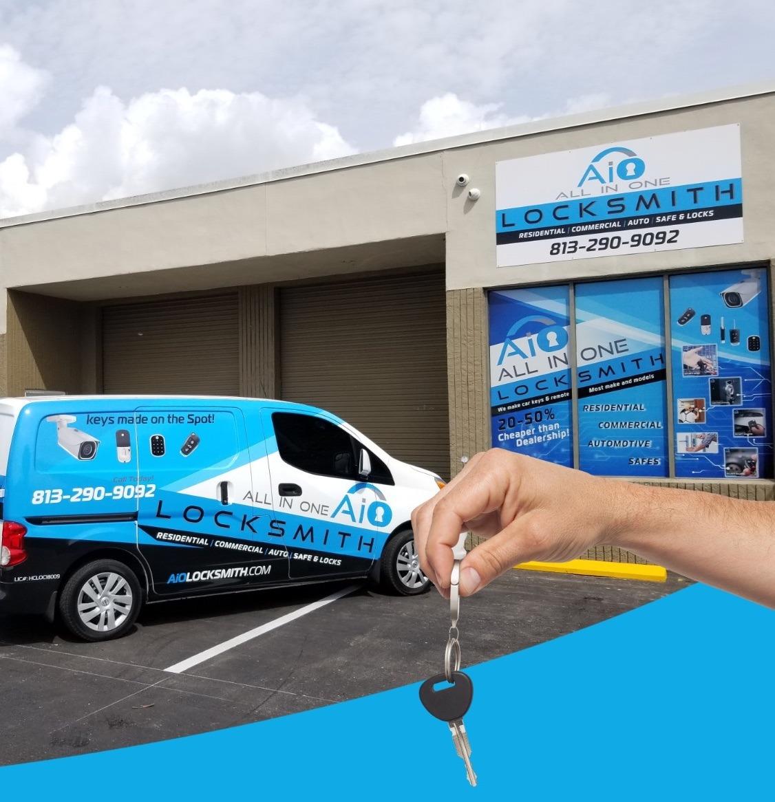 Tampa FL - Car key replacement in